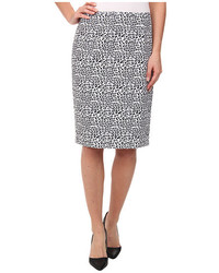 Бело-черная юбка-карандаш с леопардовым принтом