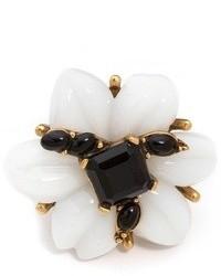 Женское бело-черное кольцо от Oscar de la Renta