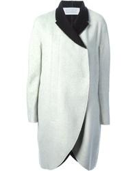 Бело-черное пальто
