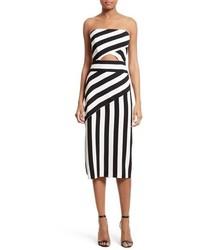 Бело-черное платье-миди в вертикальную полоску