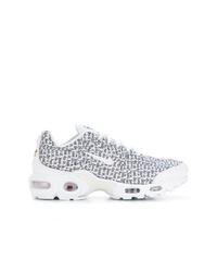 Женские бело-черные кроссовки от Nike