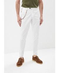 Белые брюки чинос от Primo Emporio