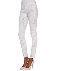 Белые джинсы скинни с принтом