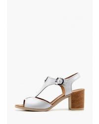 Белые кожаные босоножки на каблуке от Ed'art