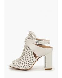 Белые кожаные босоножки на каблуке от Lino Marano