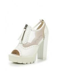 Белые кожаные ботильоны от Sweet Shoes