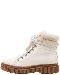 Белые кожаные ботинки на шнуровке
