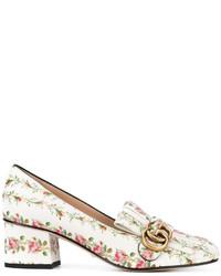 Женские белые кожаные лоферы с цветочным принтом от Gucci