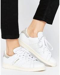 Adidas medium 6754386