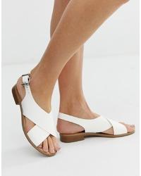 Белые кожаные сандалии на плоской подошве от Faith