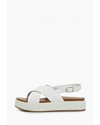 Белые кожаные сандалии на плоской подошве от Inuovo