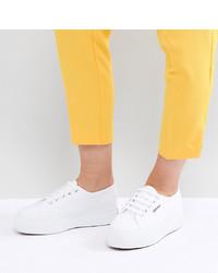 Женские белые низкие кеды от Superga