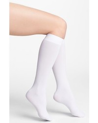 Белые носки до колена