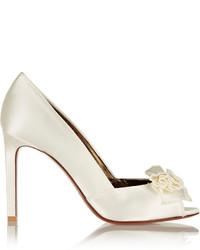 Белые сатиновые туфли