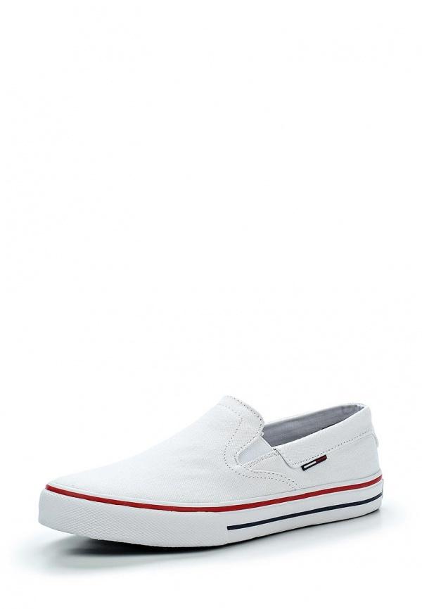Мужские белые слипоны от Tommy Hilfiger   Где купить и с чем носить 2af7f26a0a1