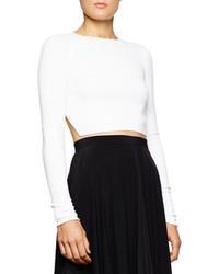 Белый вязаный короткий свитер