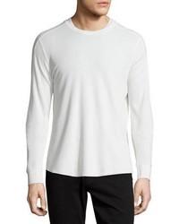 Белый вязаный свитер с круглым вырезом