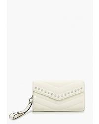 Белый кожаный клатч от Vitacci