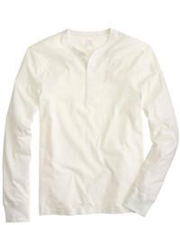 Белый свитер с горловиной на пуговицах
