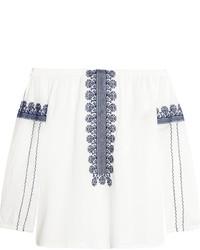 Белый топ с открытыми плечами с вышивкой