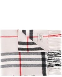 Женский белый шарф от Burberry