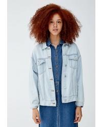 Женская голубая джинсовая куртка от Pull&Bear