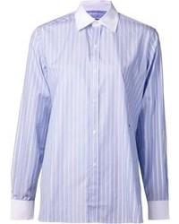 Голубая классическая рубашка в вертикальную полоску