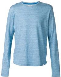Голубая футболка с длинным рукавом