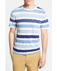 Голубая футболка с круглым вырезом в горизонтальную полоску
