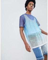 Голубая футболка с круглым вырезом в сеточку