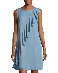 Голубое платье прямого кроя с рюшами