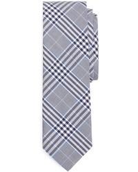 Голубой галстук в шотландскую клетку