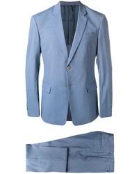 Голубой костюм от Prada