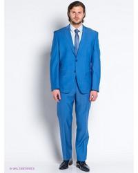 Голубой костюм от Slava Zaitsev