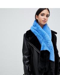 Женский голубой меховой шарф от Missguided