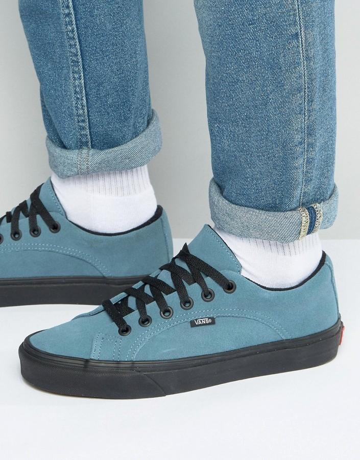 Мужские голубые кеды от Vans   Где купить и с чем носить 78439f29a64