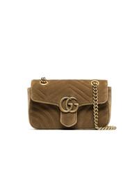 Горчичная замшевая сумка через плечо от Gucci