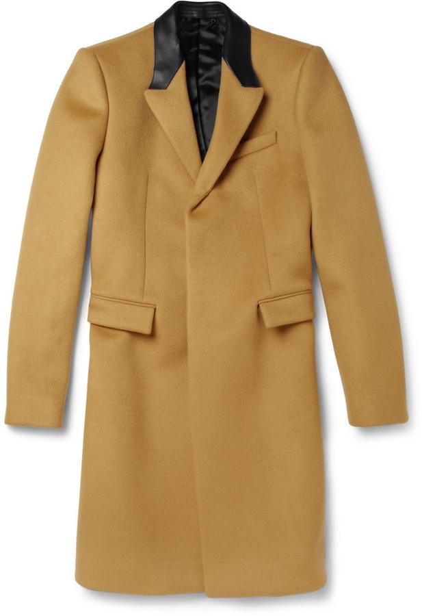 ... Горчичное длинное пальто от Burberry ... 6f45599dfd483