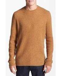 Горчичный свитер с круглым вырезом