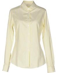 Желтая классическая рубашка в вертикальную полоску