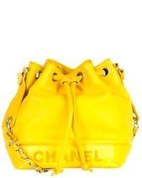 Желтая кожаная сумка-мешок