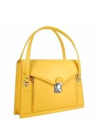 Желтая кожаная сумочка