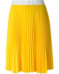Желтая юбка-миди со складками