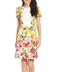 Желтое платье-футляр с принтом