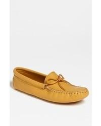Желтые кожаные мокасины