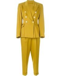 Женский желтый костюм