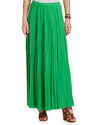 Зеленая длинная юбка со складками