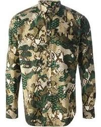 Зеленая рубашка с длинным рукавом с камуфляжным принтом