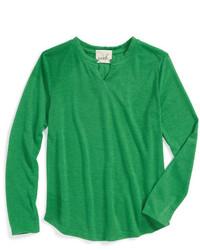 Зеленая футболка