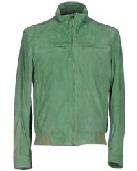 Зеленый кожаный бомбер